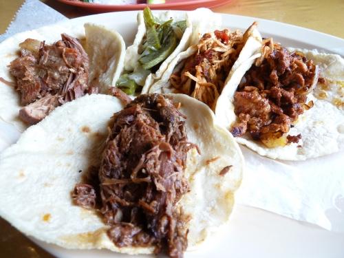 A platter of tacos at El Taco del Rincon de Villa