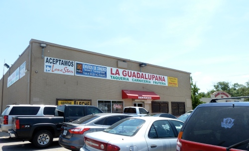 La Guadalupana's parking lot on a busy Sunday.