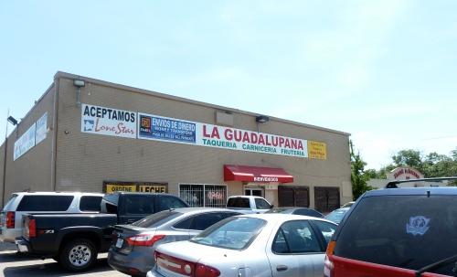 La Guadalupana's parking lot on a busy Sunday.